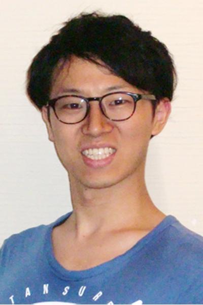 向山 大士(むかいやま たいし) TAISHI MUKAIYAMA